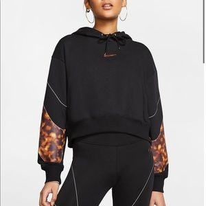 Nike biker shorts and hoodie set